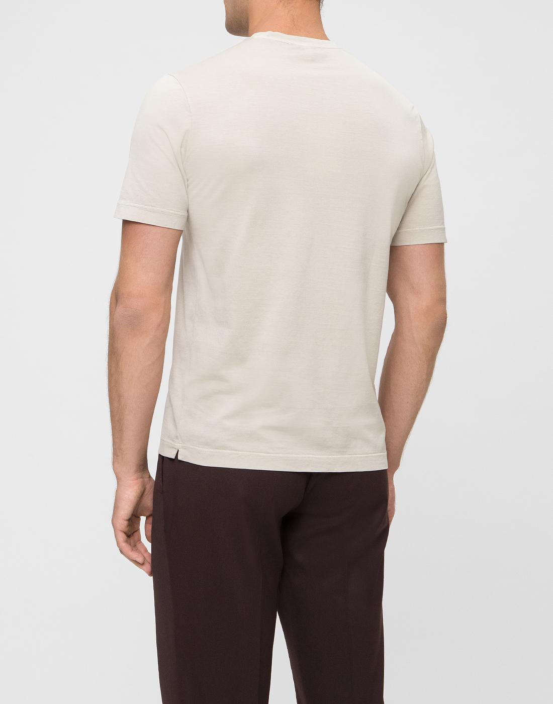 Мужская бежевая футболка